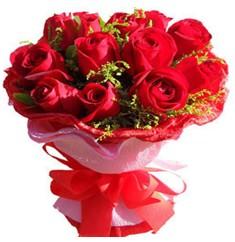 9 adet kirmizi güllerden kipkirmizi buket  Konya çiçek gönderme