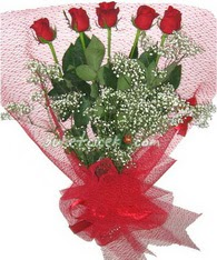 5 adet kirmizi gülden buket tanzimi  Konya çiçek servisi , çiçekçi adresleri