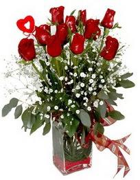 Konya çiçek satışı  9 adet mika yada cam vazoda gül tanzimi kalp çubuk