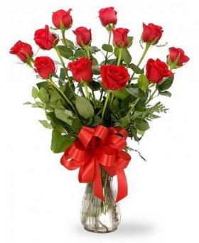 Konya yurtiçi ve yurtdışı çiçek siparişi  12 adet kırmızı güllerden vazo tanzimi