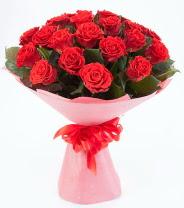 12 adet kırmızı gül buketi  Konya çiçek gönderme sitemiz güvenlidir