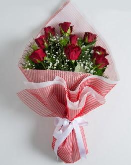 9 adet kırmızı gülden buket  Konya güvenli kaliteli hızlı çiçek
