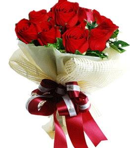9 adet kırmızı gülden buket tanzimi  Konya çiçek online çiçek siparişi