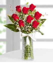7 Adet vazoda kırmızı gül sevgiliye özel  Konya çiçek gönderme sitemiz güvenlidir