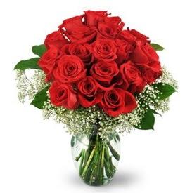 25 adet kırmızı gül cam vazoda  Konya yurtiçi ve yurtdışı çiçek siparişi