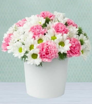 Seramik vazoda papatya ve kır çiçekleri  Konya çiçek gönderme sitemiz güvenlidir