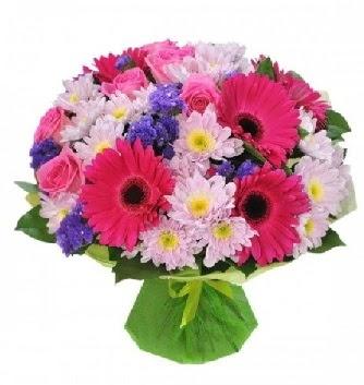 Karışık mevsim buketi mevsimsel buket  Konya güvenli kaliteli hızlı çiçek