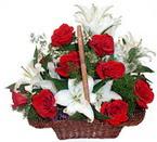 sepette gül ve kazablankalar   Konya İnternetten çiçek siparişi