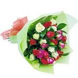 12 adet renkli gül buketi   Konya çiçek online çiçek siparişi