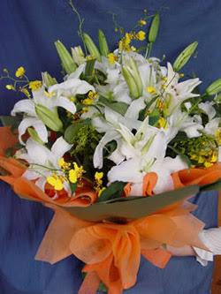 Konya çiçek yolla  5 ADET KAZABLANKA BUKETI KALITEDEN SASMAYANLARA