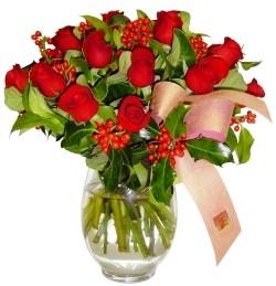 Konya İnternetten çiçek siparişi  11 adet kirmizi gül  cam aranjman halinde