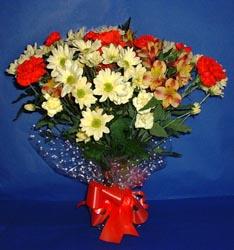 Konya çiçek yolla , çiçek gönder , çiçekçi   kir çiçekleri buketi mevsim demeti halinde