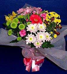 Konya çiçek yolla , çiçek gönder , çiçekçi   küçük karisik mevsim demeti