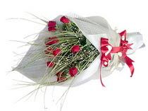 Konya çiçek satışı  11 adet kirmizi gül buketi