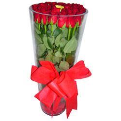 Konya internetten çiçek siparişi  12 adet kirmizi gül cam yada mika vazo tanzim
