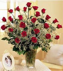 Konya yurtiçi ve yurtdışı çiçek siparişi  özel günler için 12 adet kirmizi gül