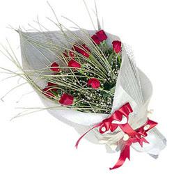 Konya uluslararası çiçek gönderme  11 adet kirmizi gül buket- Her gönderim için ideal