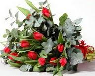 Konya güvenli kaliteli hızlı çiçek  11 adet kirmizi gül buketi özel günler için