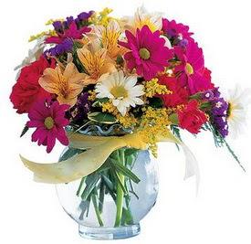 Konya çiçek yolla  cam yada mika içerisinde karisik mevsim çiçekleri