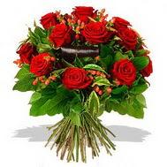 9 adet kirmizi gül ve kir çiçekleri  Konya çiçek yolla