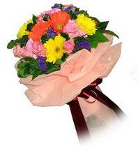 Konya İnternetten çiçek siparişi  Karisik mevsim çiçeklerinden demet