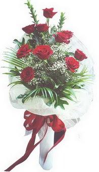 Konya çiçek yolla , çiçek gönder , çiçekçi   10 adet kirmizi gülden buket tanzimi özel anlara