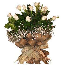 Konya kaliteli taze ve ucuz çiçekler  9 adet beyaz gül buketi
