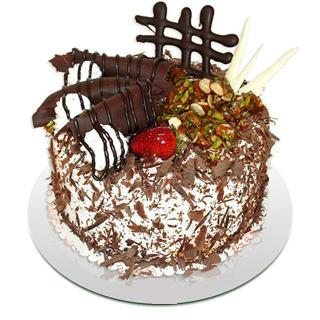 4 ile 6 kisilik çikolatali yas pasta  Konya cicek , cicekci
