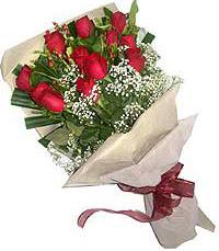 11 adet kirmizi güllerden özel buket  Konya çiçekçi telefonları