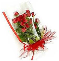 13 adet kirmizi gül buketi sevilenlere  Konya çiçek satışı
