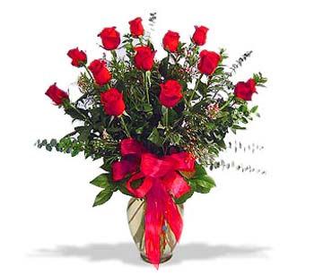 çiçek siparisi 11 adet kirmizi gül cam vazo  Konya çiçek , çiçekçi , çiçekçilik
