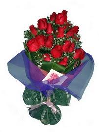 12 adet kirmizi gül buketi  Konya çiçek , çiçekçi , çiçekçilik