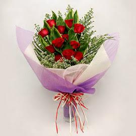 çiçekçi dükkanindan 11 adet gül buket  Konya İnternetten çiçek siparişi