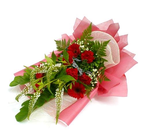 Karisik çiçek buketi mevsim buket  Konya çiçek gönderme sitemiz güvenlidir