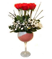 Konya çiçek gönderme  cam kadeh içinde 7 adet kirmizi gül çiçek