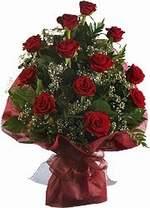 Konya çiçek gönderme  9 Adet kirmizi gül buketi