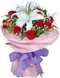 9 adet kirmizi gül 1 adet kazablanka buketi  Konya İnternetten çiçek siparişi