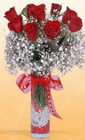 9 adet kirmizi gül cam yada mika vazoda  Konya online çiçek gönderme sipariş