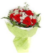 Konya yurtiçi ve yurtdışı çiçek siparişi  7 adet kirmizi gül buketi tanzimi