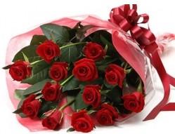 Konya internetten çiçek satışı  10 adet kipkirmizi güllerden buket tanzimi