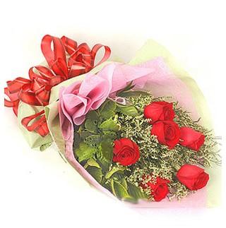 Konya yurtiçi ve yurtdışı çiçek siparişi  6 adet kırmızı gülden buket