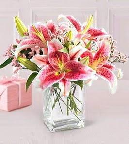 2 dal kazablanka görsel vazosu  Konya çiçek gönderme sitemiz güvenlidir