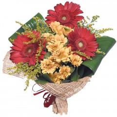 karışık mevsim buketi  Konya İnternetten çiçek siparişi