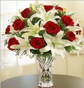 12 adet kırmızı gül 2 dal kazablanka vazosu  Konya güvenli kaliteli hızlı çiçek