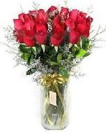 27 adet vazo içerisinde kırmızı gül  Konya hediye sevgilime hediye çiçek