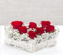 kalp içerisinde 7 adet kırmızı gül  Konya çiçek satışı