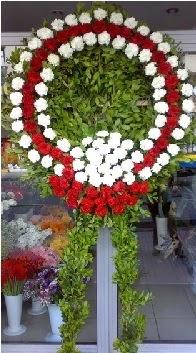 Cenaze çelenk çiçeği modeli  Konya internetten çiçek satışı