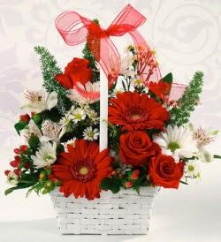 Karışık rengarenk mevsim çiçek sepeti  Konya çiçekçi telefonları
