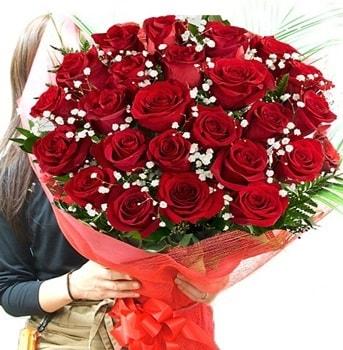 Kız isteme çiçeği buketi 33 adet kırmızı gül  Konya çiçek online çiçek siparişi