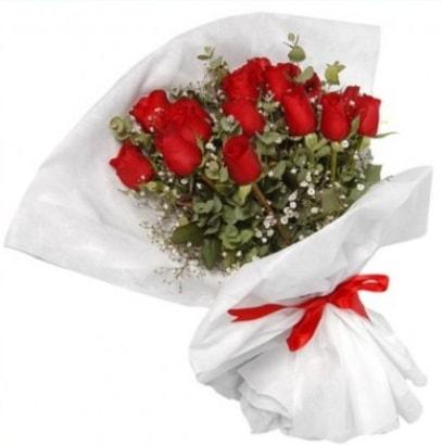 9 adet kırmızı gül buketi  Konya İnternetten çiçek siparişi